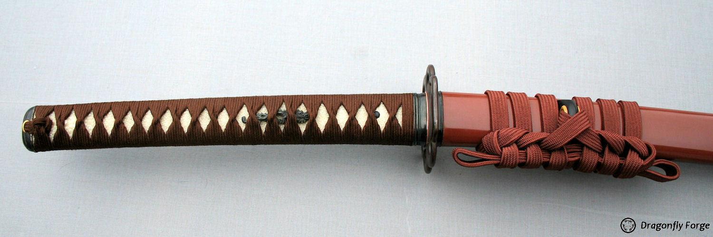 tsuka-russet-brown-higo-koshirae2-closeup